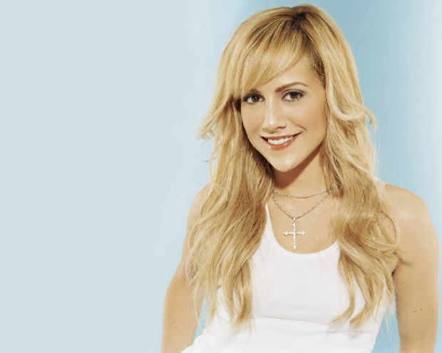 Brittany-Murphy-brittany-murphy-141216_1280_1024