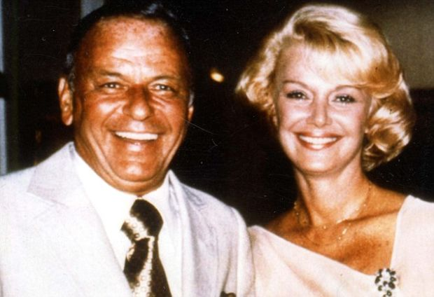 PKT4979-338145 FRANK SINATRA SINGER/ACTOR 1976 Frank Sinatra's wedding to Barbara Marx.