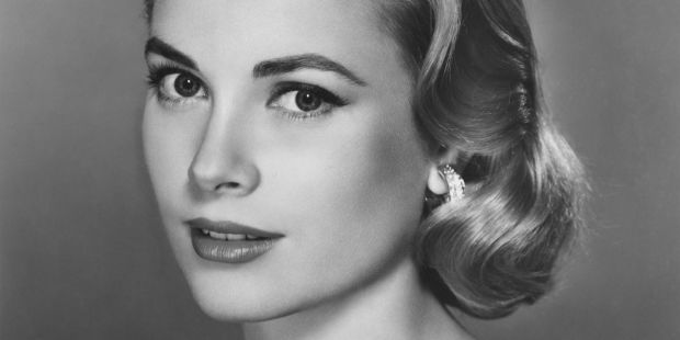 American actress Grace Kelly (1929 - 1982), circa 1955. (Photo by Pictorial Parade/Hulton Archive/Getty Images)