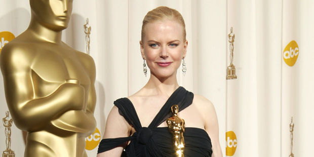 HOLLYWOOD - MARCH 23: Winner for Best Actress for 'The Hours,' Nicole Kidman poses backstage during the 75th Annual Academy Awards at the Kodak Theater on March 23, 2003 in Hollywood, California. (Photo by Robert Mora/Getty Images)