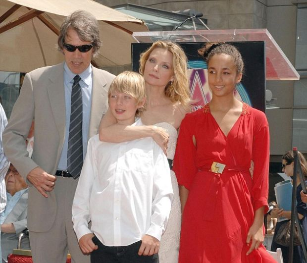 ©2007 NCNA PHOTO 310-828-3445 Actress MICHELLE PFEIFFER during the unveling ceremony honoring her with a star on the Hollywood Walk of Fame in Los Angeles on August 6, 2007. Also in attendance -- her husband, DAVID E. KELLEY, son John Henry, and adopted daughter Claudia Rose. Also fellow actors JEFF BRIDGES and PAUL RUDD. XYZ